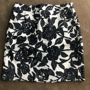 Anne Taylor pencil skirt